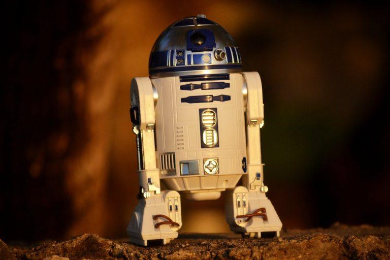 R2D2 Example for intelligent robot-revolution 4.0-blog by smyle